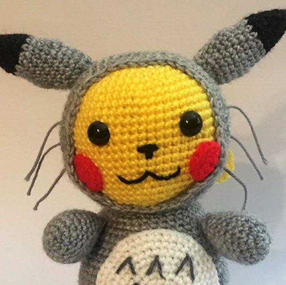 Amigurumi Pokemon Pikachu disfrazado de Totoro | amigurumis | 565x567